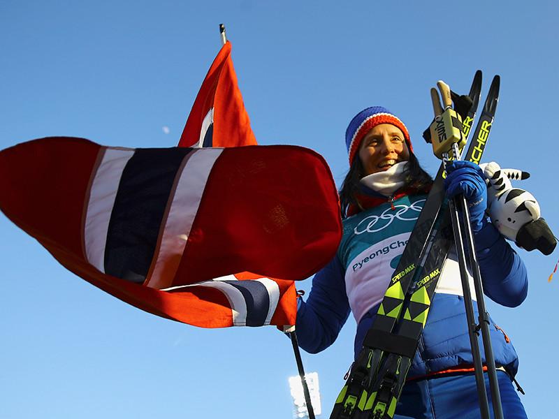 Лыжница Марит Бьорген выиграла золотую медаль в масс-старте на 30 км классическим стилем на Олимпийских играх в южнокорейском Пхенчхане
