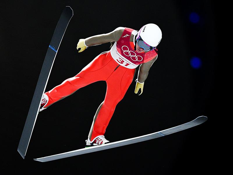 Российская спортсменка Ирина Аввакумова в индивидуальных соревнованиях по прыжкам на лыжах с трамплина среди женщин на XXIII зимних Олимпийских играх в Пхенчхане