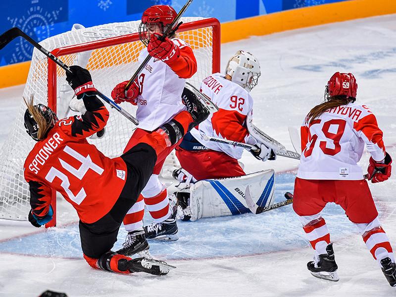 Российские хоккеистки пропустили пять безответных шайб от сборной Канады