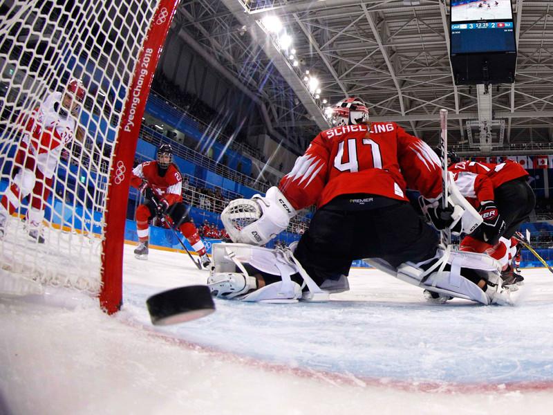 В четвертьфинальном матче женская сборная России по хоккею нанесла поражение команде Швейцарии со счетом 6:2 и пробилась в полуфинал Олимпиады в Пхенчхане