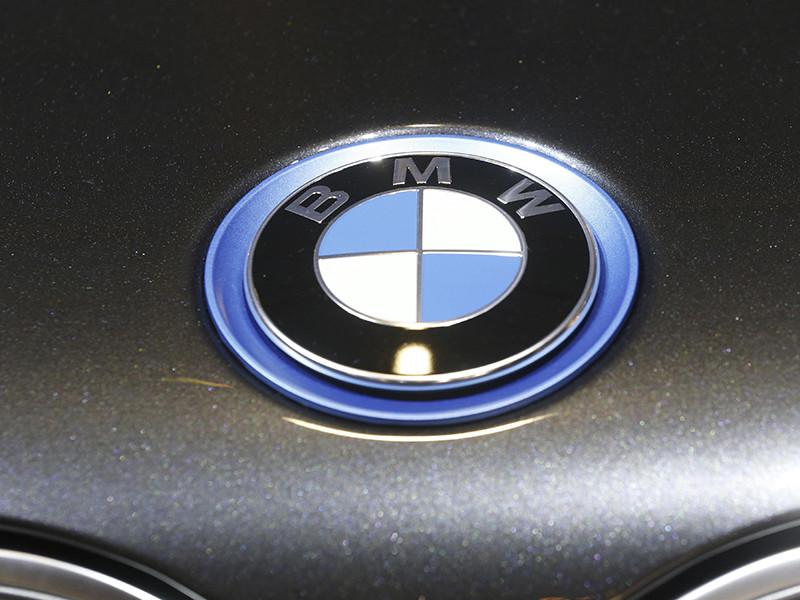 Фонд поддержки олимпийцев, попечительский совет которого возглавляет премьер-министр Дмитрий Медведев, через российское представительство BMW закупил 140 автомобилей данного производителя для отечественных призеров зимних Олимпийских игр в южнокорейском Пхенчхане