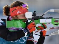 Немецкая биатлонистка Лаура Дальмайер выиграла золотую медаль в спринтерской гонке на Олимпийских играх в Пхенчхане, преодолев дистанцию 7,5 км без промахов на двух огневых рубежах за 21 минуту 6,2 секунды