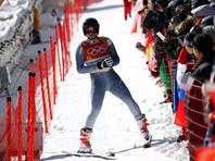 Российский горнолыжник избежал травм после жесткого падения на олимпийской трассе (ВИДЕО)