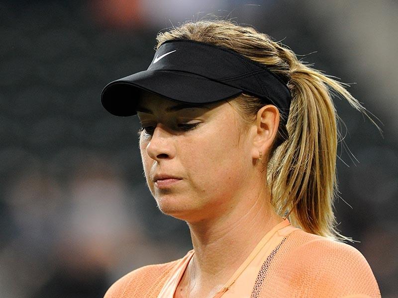 Российская теннисистка Мария Шарапова объявила о прекращении сотрудничества с голландским тренером Свеном Груневелдом после четырех лет совместной работы