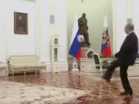 Владимир Путин пожонглировал мячом в промо-ролике ЧМ-2018