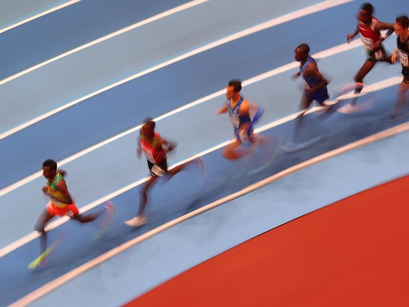 Впервые в истории легкой атлетики все участники забега на первенстве планеты были дисквалифицированы. Эпический курьез произошел в ходе квалификации бегунов на 400 метров на чемпионате мира помещении, который проходит в Бирмингеме