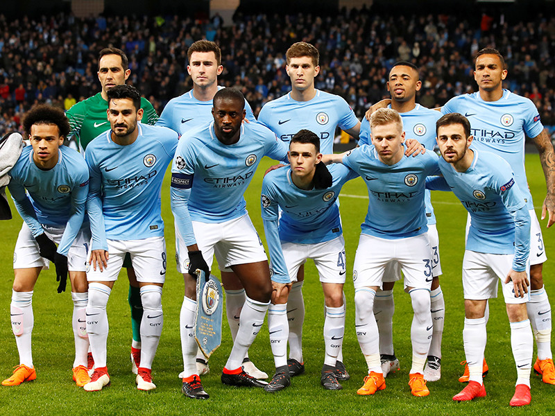 """Футболисты """"Сити"""" по сумме двух матчей во второй раз пробились в восьмерку сильнейших главного еврокубка"""