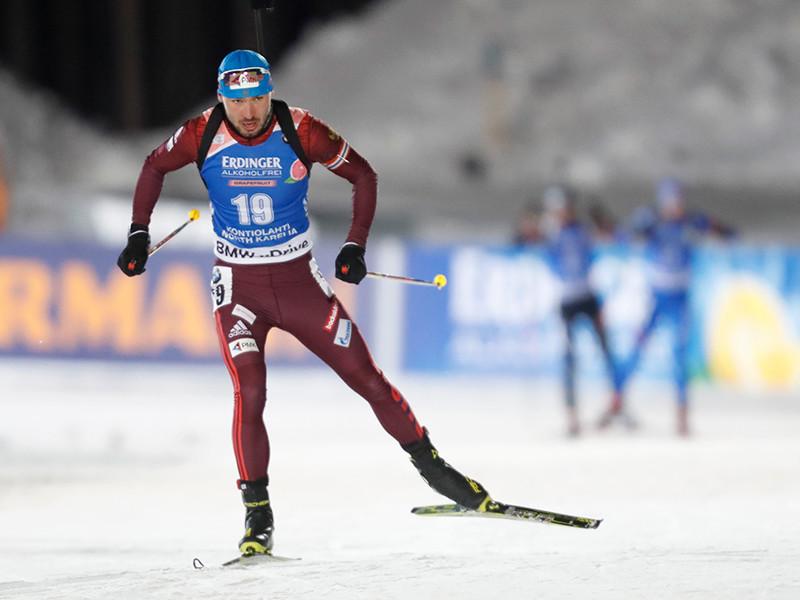 Биатлонист Антон Шипулин завоевал первое золото в текущем сезоне