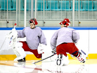 Голкиперов Кошечкина и Шестеркина вновь призвали под знамена хоккейной сборной России
