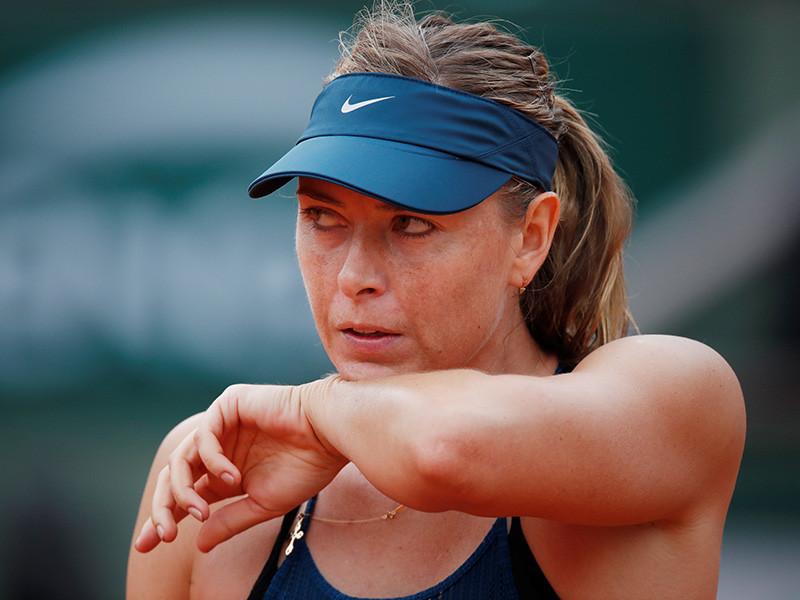 На прошлой неделе Шарапова дошла до четвертьфинала Открытого чемпионата Франции, где проиграла испанке Гарбинье Мугурусе (2:6, 1:6). Шарапова показала лучший результат на турнирах серии Большого шлема после возвращения после дисквалификации в 2017 году
