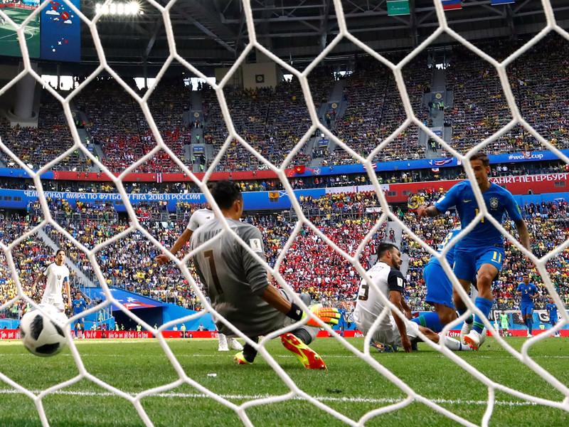 Героем матча стал Филиппе Коутиньо, отличившийся на второй компенсированной ко второму тайму минуте