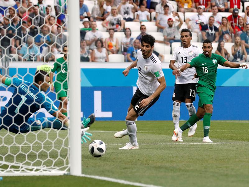 На 4-й добавленной ко второму тайму минуте Салем Аль-Давсари забил победный гол