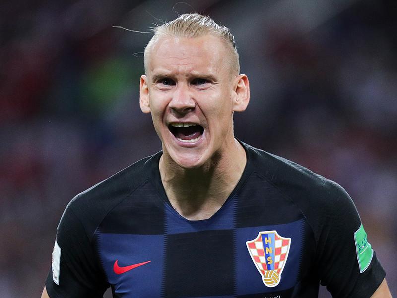 В сети появилось очередное видео, на котором защитник сборной Хорватии Домагой Вида бурно празднует победу над российской командой в четвертьфинале чемпионата мира по футболу