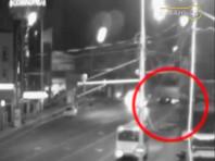 На видео зафиксирован момент возникновения ДТП с участием автомобиля BMW M5 First Edition, угодившего в аварию в ночь на 1 августа на улице Ставропольской