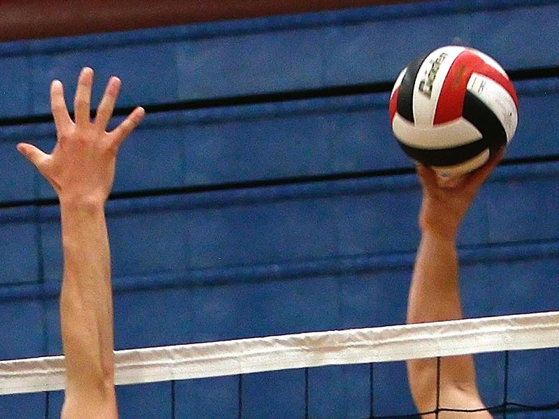 Волейболисты сборной России потерпели поражение от команды Бразилии в матче третьего группового этапа чемпионата мира, который проходит в Италии и Болгарии