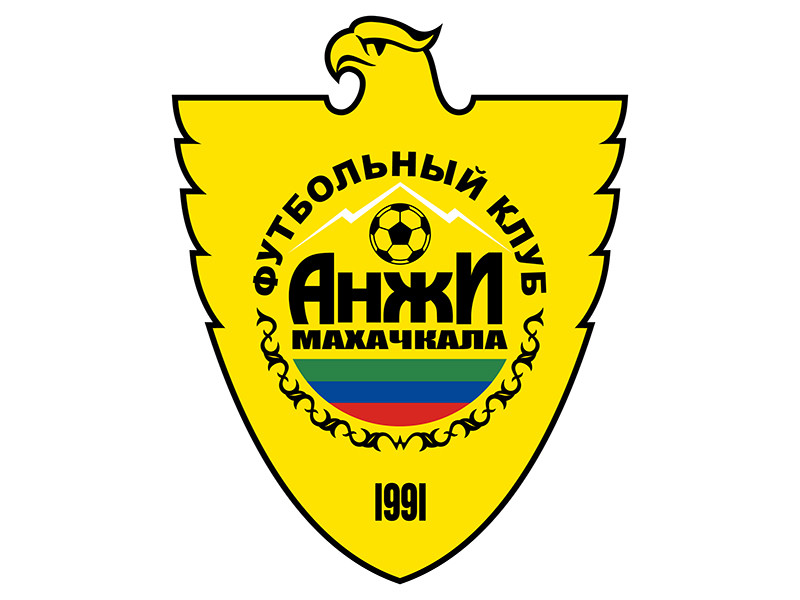 """Футболисты """"Анжи"""" угрожают руководству забастовкой из-за долгов по зарплате"""