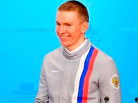 Лыжник Александр Большунов выиграл две гонки на старте Кубка мира