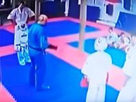 В Подмосковье завели дело на тренера, ударившего ребенка ногой по голове (ВИДЕО)