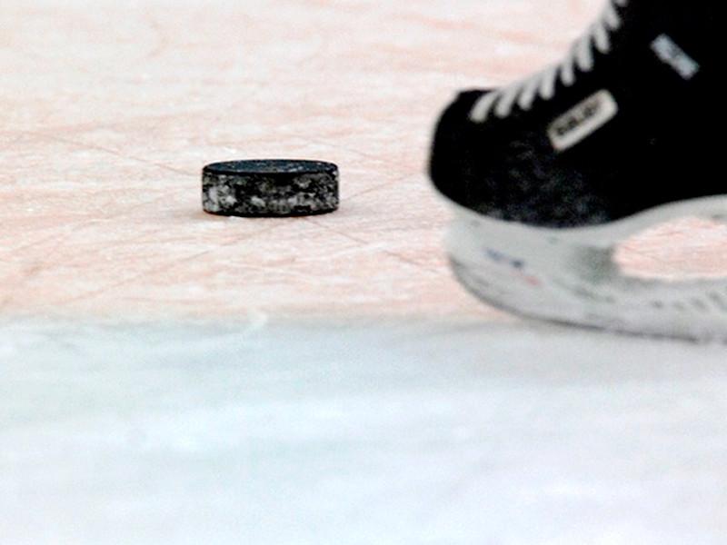 В Хельсинки сборная России по хоккею переиграла команду Швеции со счетом 4:1 и одержала вторую победу на Кубке Карьяла. В составе российской команды шайбы забросили Андрей Кузьменко (31', 51'), Евгений Кетов (39') и Андрей Локтионов (59')