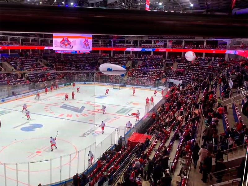 В Москве сборная России по хоккею разгромила со счетом 7:2 команду Чехии в матче домашнего этапа Евротура - Кубка Первого канала