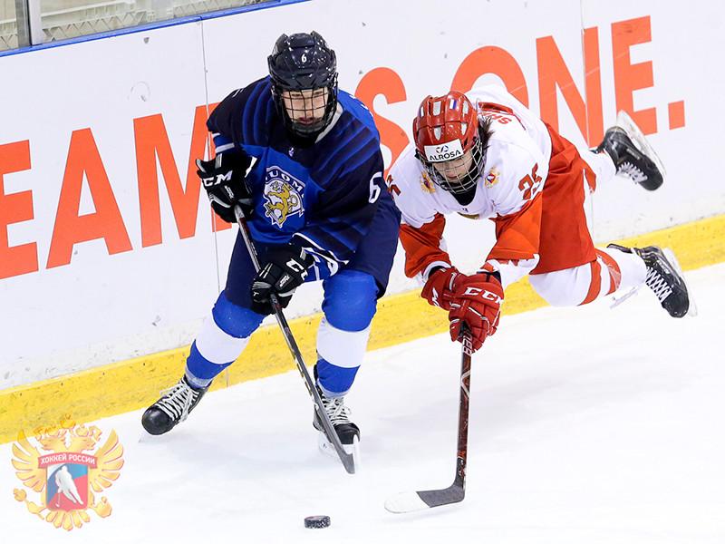 Женская сборная России по хоккею (игроки не старше 18 лет) проиграла команде Финляндии со счетом 0:3 в матче за третье место молодежного чемпионата мира в японском Обихиро