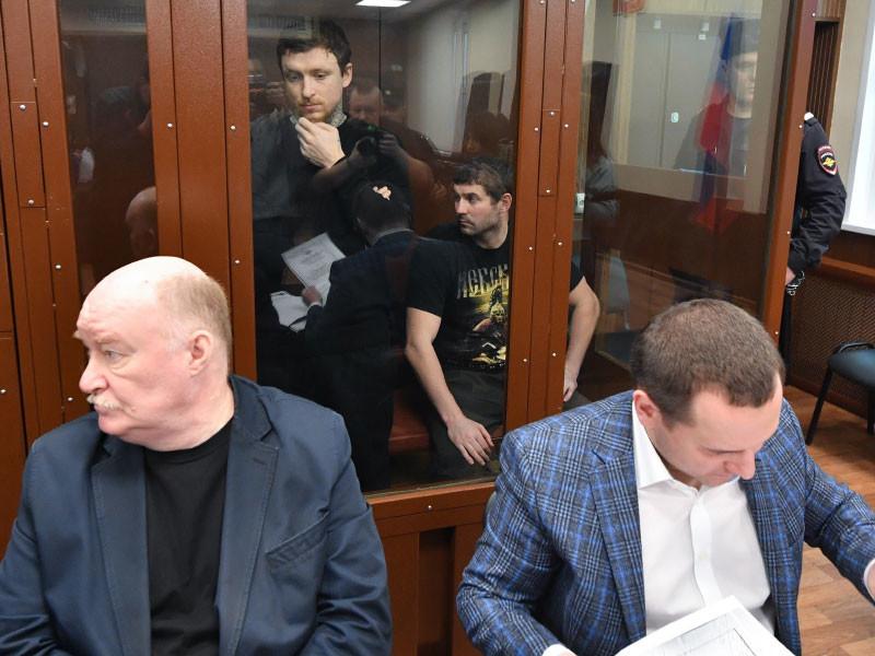 Рассмотрение ходатайства следствия о продлении ареста футболистам Павлу Мамаеву и Александру Кокорину в Тверском суде