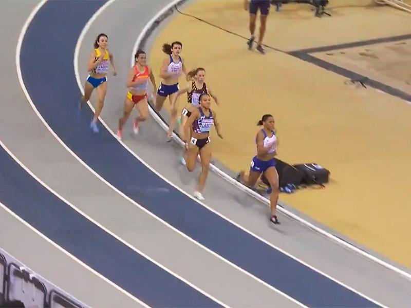 Российские легкоатлеты завоевали три медали на чемпионате Европы в Глазго. Победу в нем одержали британские спортсмены, завоевавшие 11 (4-5-2) медалей. Вторыми стали поляки (4-2-0), третьими - испанцы (3-2-1)
