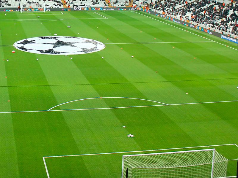В пятницу в швейцарском Ньоне прошла жеребьевка четвертьфинальных пар плей-офф розыгрыша футбольной Лиги чемпионов УЕФА