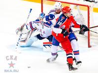 В Москве ЦСКА переиграл СКА со счетом 3:1 во втором матче полуфинальной серии Кубка Гагарина. Первая встреча этих команд в плей-офф завершилась в пользу москвичей (2:1), таким образом, в споре до четырех побед ЦСКА впереди - 2:0