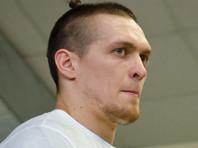 Украинский боксер Александр Усик отказался от боя с россиянином Денисом Лебедевым