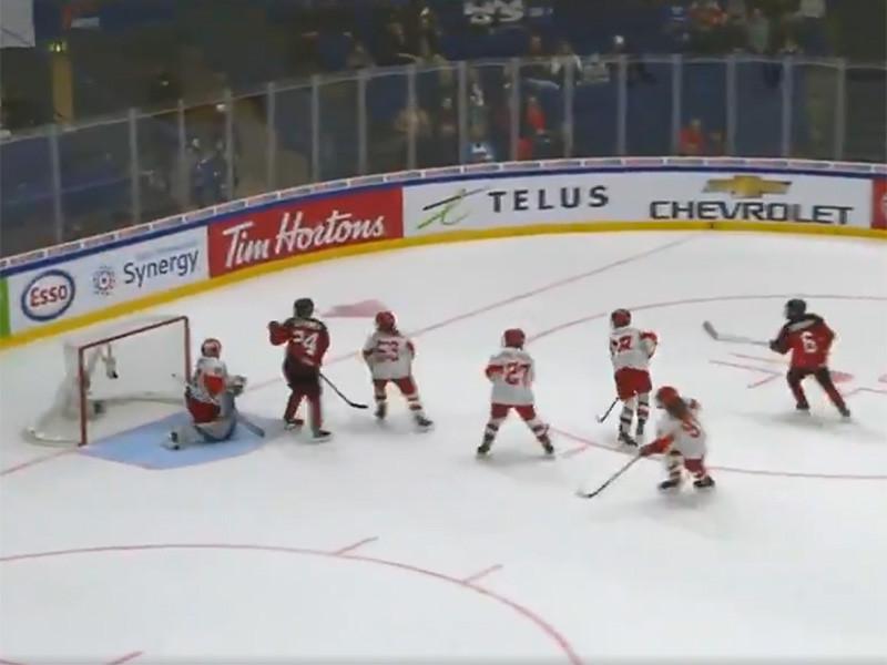 В финском Эспоо женская сборная России по хоккею со счетом 0:7 уступила команде Канады в матче за третье место на чемпионате мира
