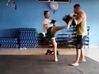 Представительница Смешанных боевых искусств (ММА) Джойс Вьера атаковала мужчину на пляже Прайа ду Брага в бразильском штате Рио-де-Жанейро
