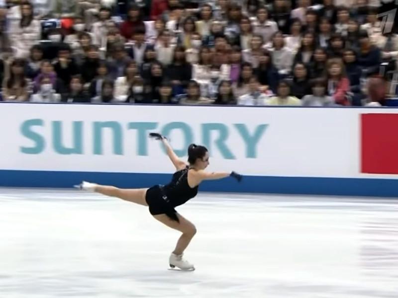 Россиянка Елизавета Туктамышева (80,54) заняла второе место по итогам короткой программы одиночниц, уступив только японке Рики Кихире