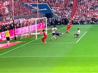 """""""Бавария"""" в седьмой раз подряд стала лучшей в Германии, Рибери и Роббен забили по мячу в последнем матче за клуб"""