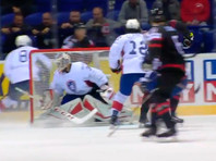 Канадцы матче четвертого тура ЧМ в Кошице со счетом 5:2 переиграли французов