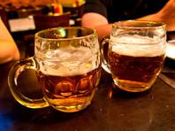 СМИ: Российские хоккеисты перед разгромом итальянцев выпили 160 бокалов пива