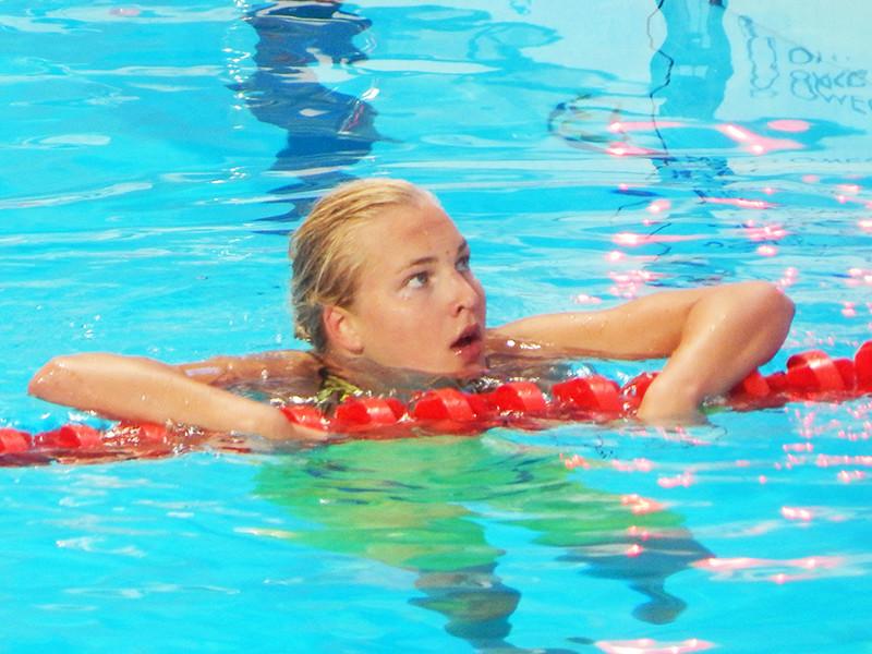 Олимпийская чемпионка 2012 года литовская пловчиха Рута Мейлютите приняла решение завершить карьеру в 22 года из-за обвинений в нарушении антидопинговых правил