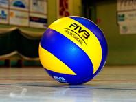 В сербском Нови-Саде мужская сборная России по волейболу под руководством финна Туомаса Саммельвуо в своем стартовом матче Лиги наций уступила команде Франции со счетом 1:3 (19:25, 22:25, 25:20, 23:25)