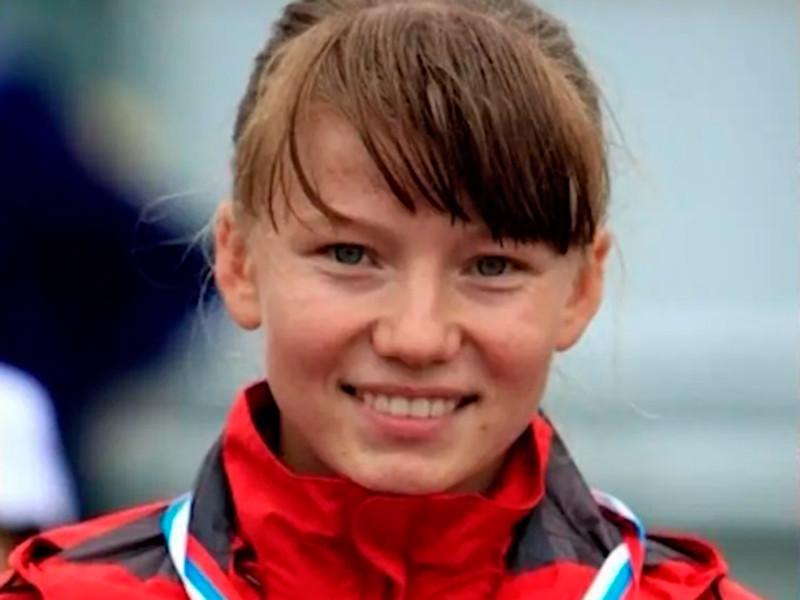 23-летняя Клавдия Афанасьева из Мордовии заняла первое место на чемпионате России по спортивной ходьбе на дистанции 50 км, показав результат 3 часа 57 минут и 7 секунд
