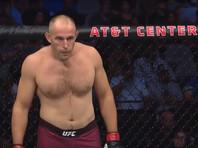 Ветеран UFC Алексей Олейник проиграл нокаутом на 12-й секунде боя, пропустив удар в висок