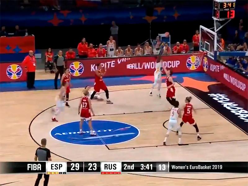 Сборная России крупно проиграла команде Испании в 1/4 финала чемпионата Европы по баскетболу среди женских команд