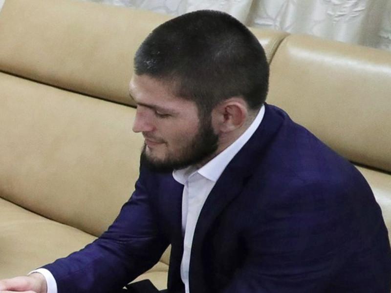Дагестанский боец смешанных единоборств Хабиб Нурмагомедов возглавил ежегодный рейтинг самых успешных знаменитостей отечественных звезд шоу-бизнеса и спорта моложе 40 лет по версии авторитетного издания Forbes