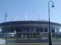 Мучительные вопли, доносящиеся со стадиона, напугали не только птиц, но и жителей Приморского проспекта