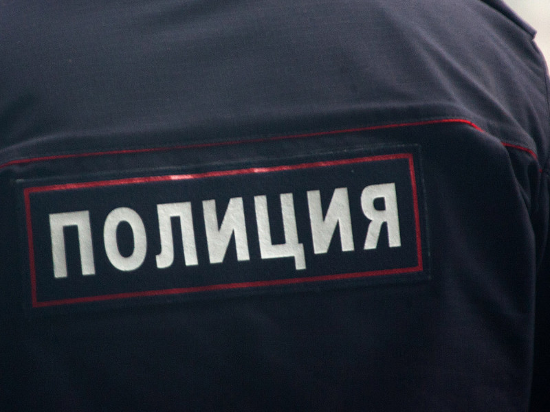 В Анапе трое полицейских на пляже склонили к сексу несовершеннолетнюю волейболистку