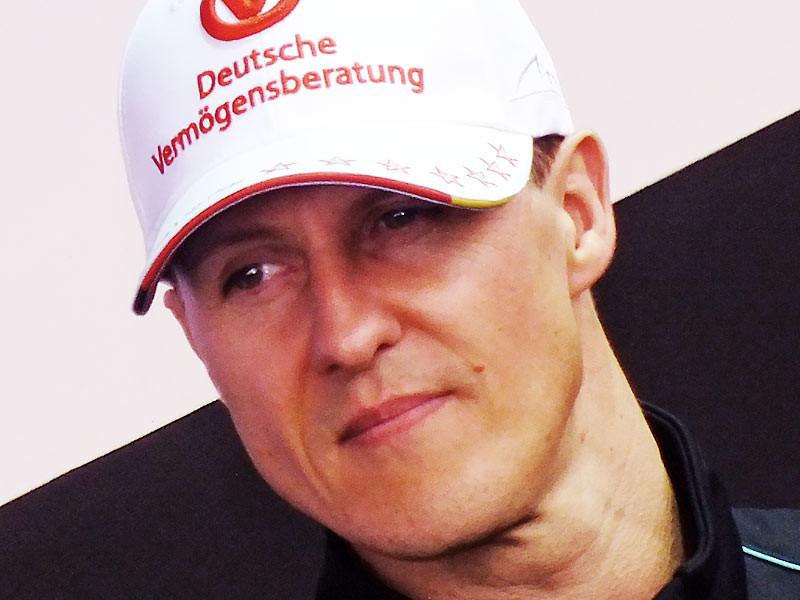 Михаэль Шумахер тайно перевезен в парижскую клинику для лечения стволовыми клетками