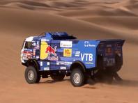 """Экипаж Каргинова укрепил лидерство на """"Дакаре"""" после победы на восьмом этапе"""