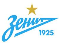 """""""Зенит"""" приобрел в новую команду сразу тринадцать футболисток"""
