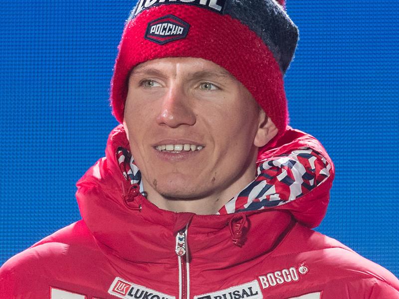 Лыжник Александр Большунов первым из россиян добыл Большой хрустальный глобус