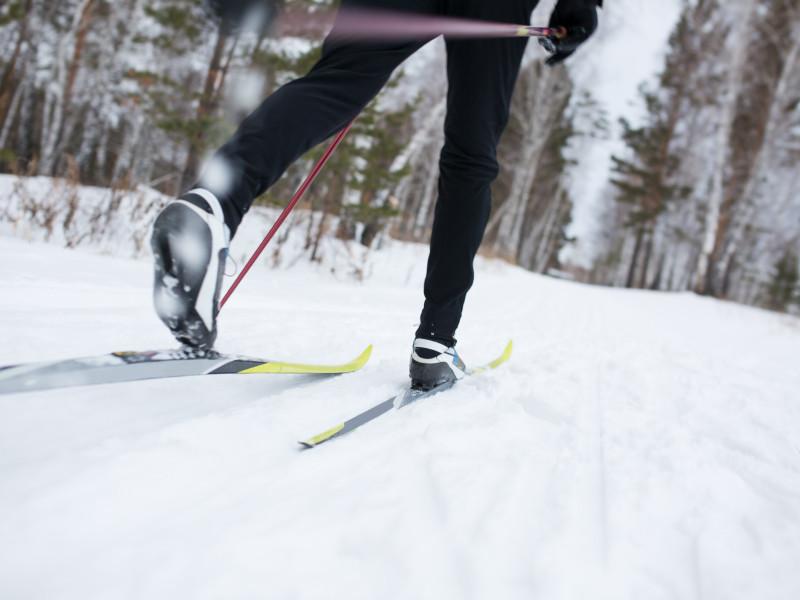 Чемпионат страны по лыжным гонкам срочно свернули из-за подозрения на коронавирус