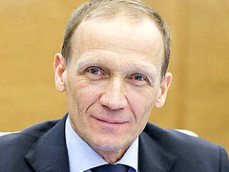 Должность главного тренера сборной России по биатлону могут вновь упразднить